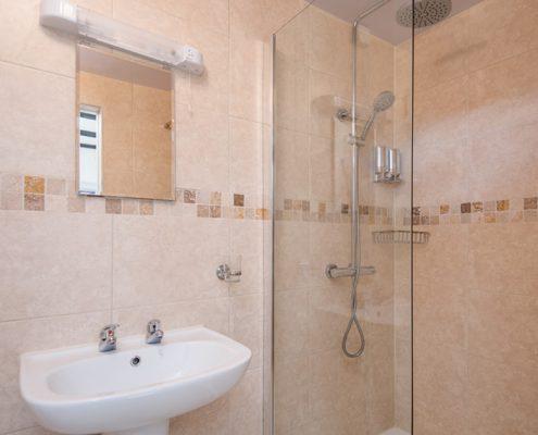 Ottercops En-Suite Bathroom